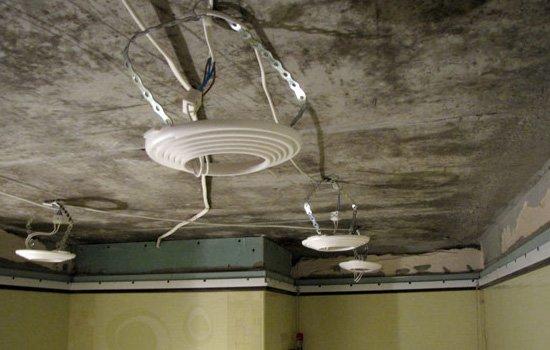 разводка для точечных светильников под потолком серия адаптирована