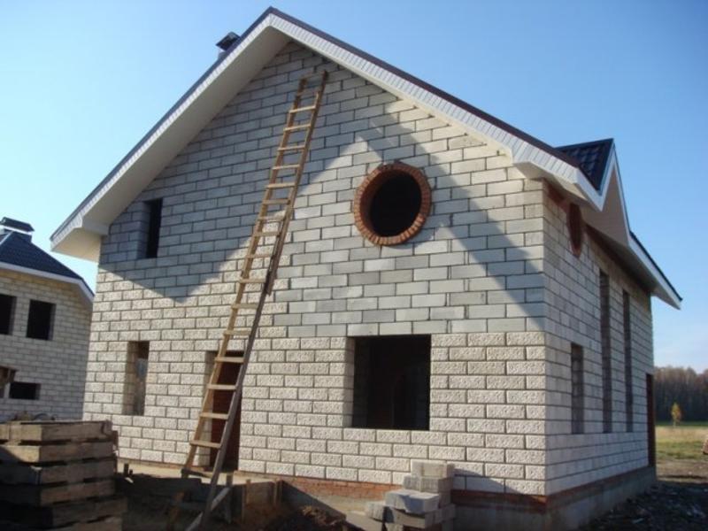 Строить домик своими руками