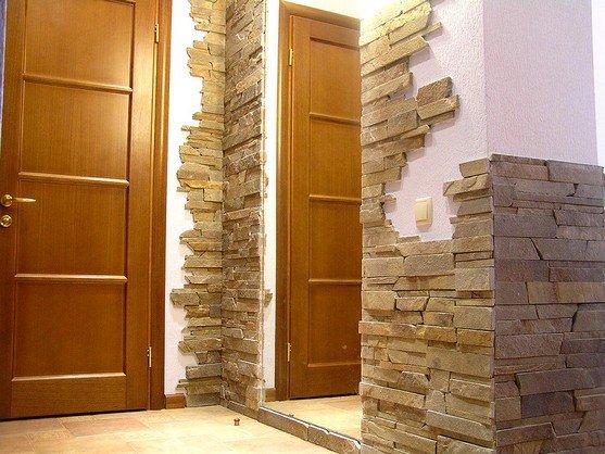 Декорирование комнат искусственным камнем