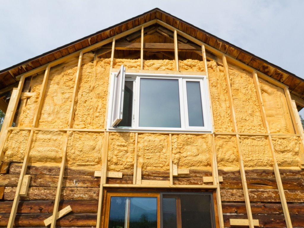 Методы утепления деревянных и кирпичных домов