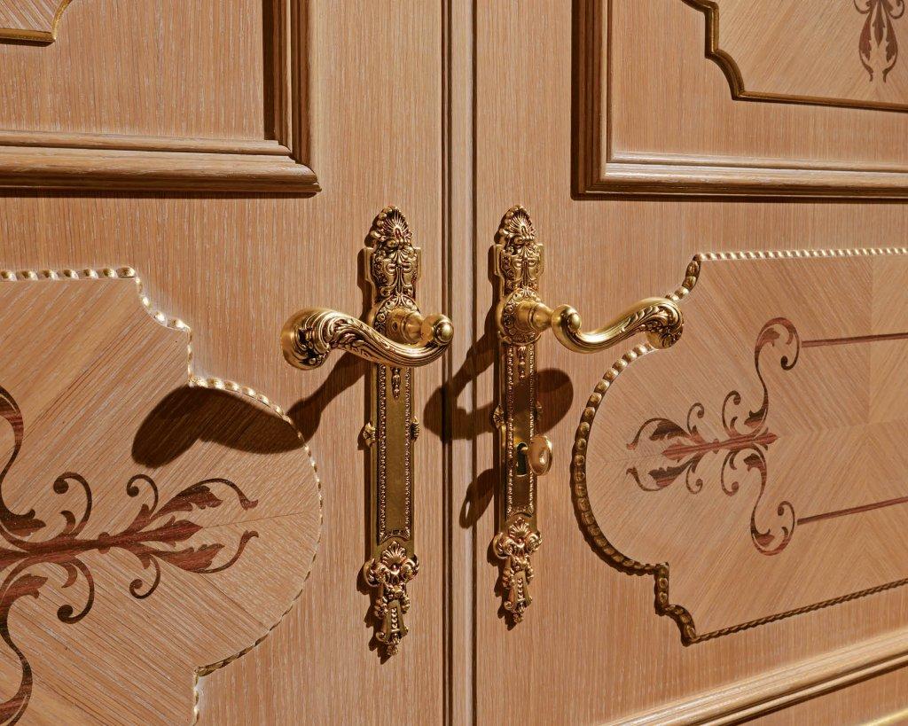 Элитные двери с эффектом состаренности