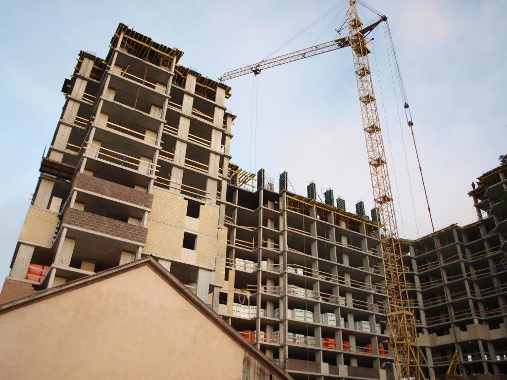Возведение многоквартирных домов на ИЖС участках: теория и практика