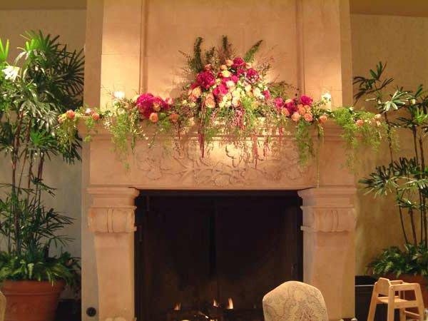 Искусственные цветы как средство интерьерного декора