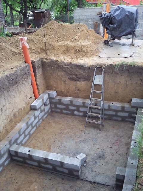 Строим погреб из керамзитобетонных блоков