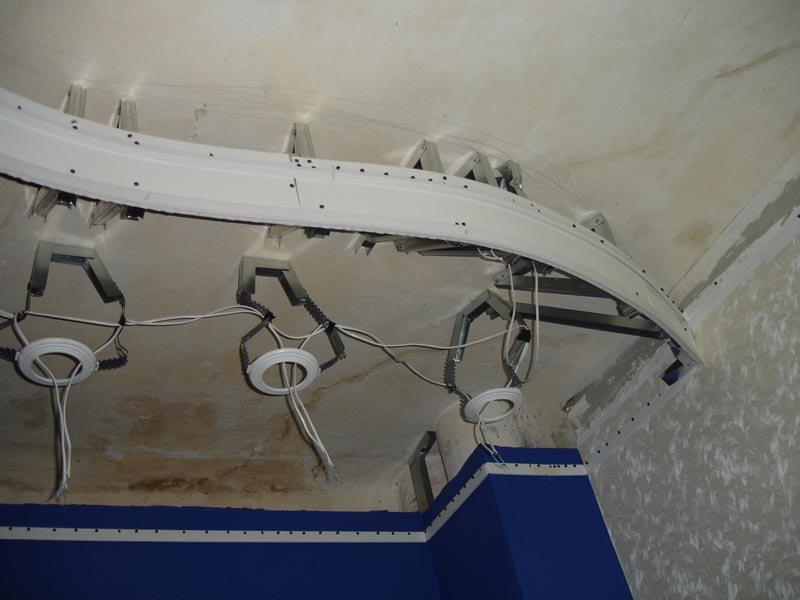 Монтируем натяжной потолок самостоятельно: этапы подготовительной работы