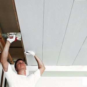 Монтируем пластиковые панели к потолку: легко и быстро!