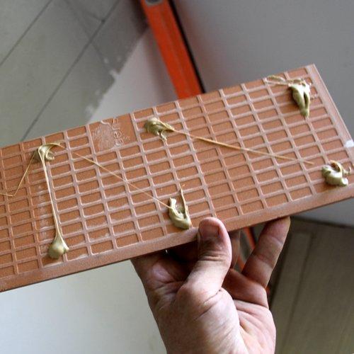 Укладка на стену керамической плитки: подготовка