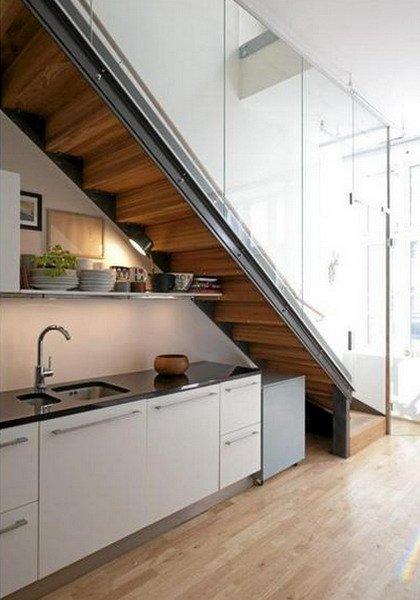Комфорт под лестницей