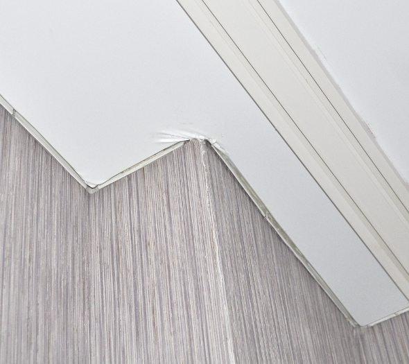 Как правильно устанавливать натяжной потолок: советы начинающим