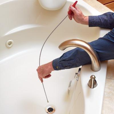 Устранение засора в ванной