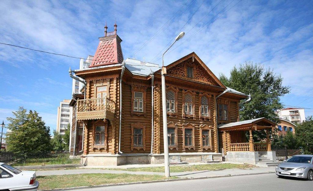 Деревянное зодчество –  неизменные традиции русского домостроения