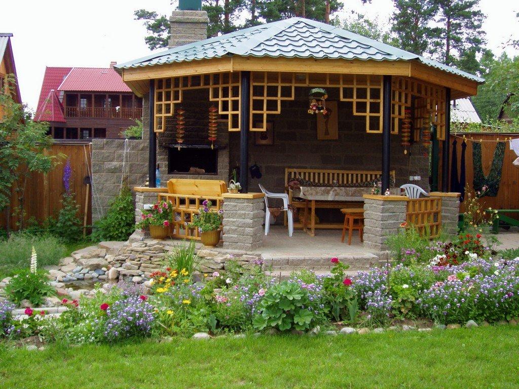 Садовая беседка для дачи