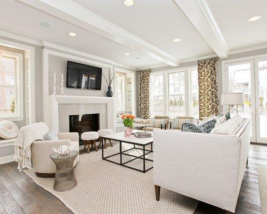 Интерьер гостиной в белом цвете