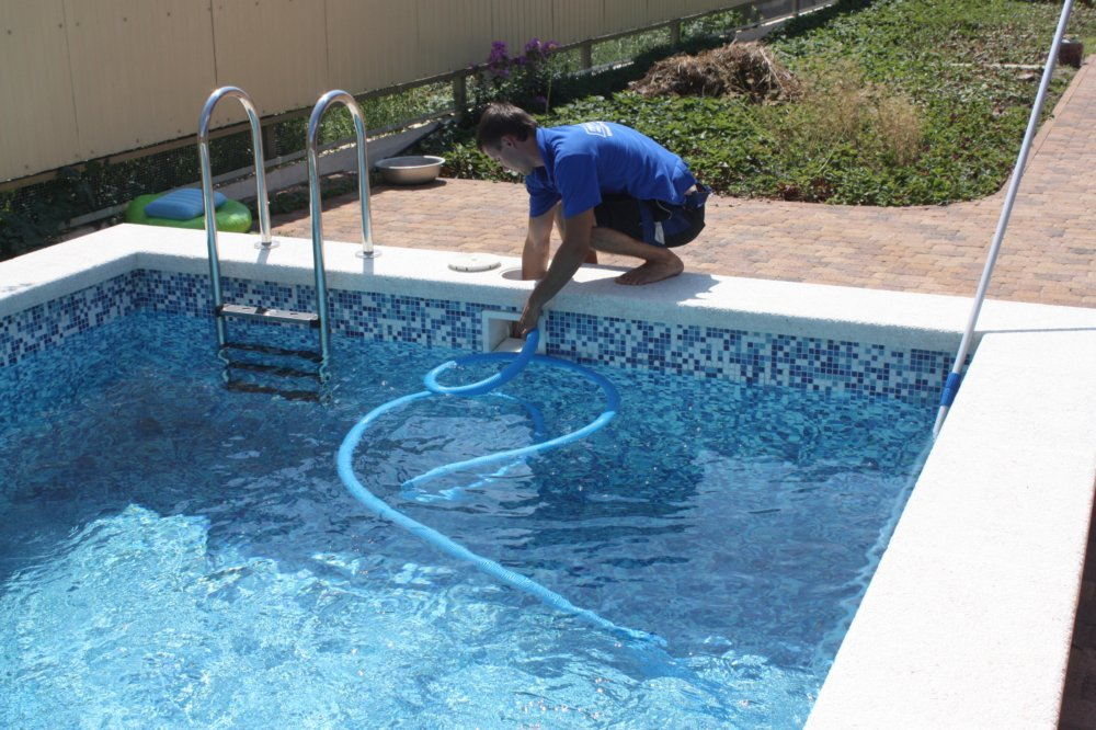 Обслуживание бассейнов